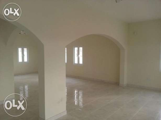 V.Brand New 5BHk+1Maid Villa For Rent In Bousher Muna With Pool بوشر -  3