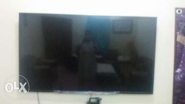 SONY BRAVIA 3D. 70 inches