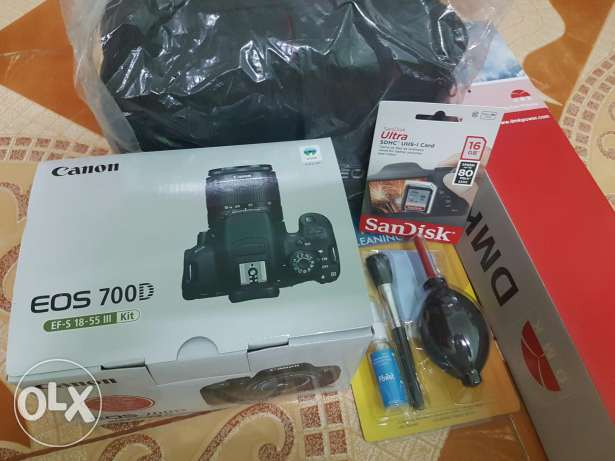CANON 700D new