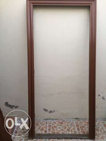 Steel Door with Frame used little For Sale السيب -  2
