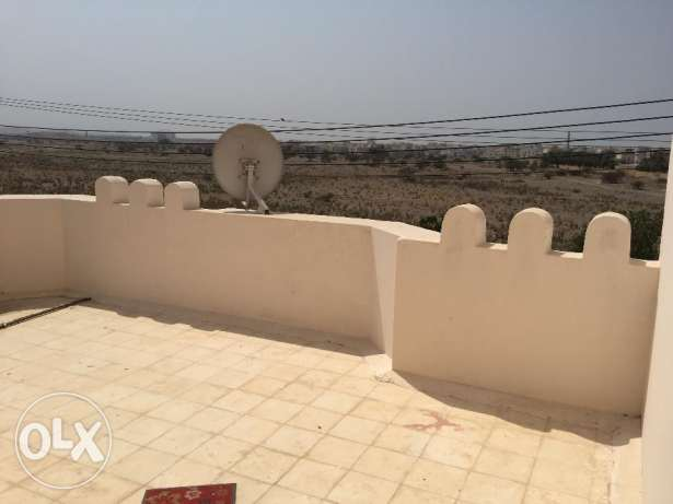 flat for rent in a villa with balcony in almawaleh south مسقط -  5