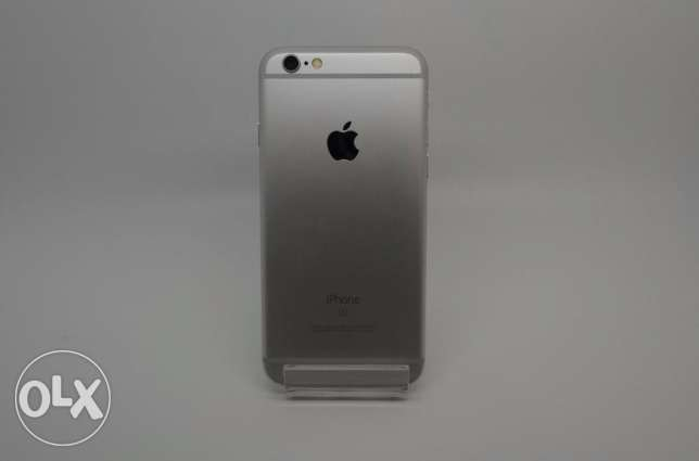 Applle Iphone 6s sliver with storage capacity of 64 GB
