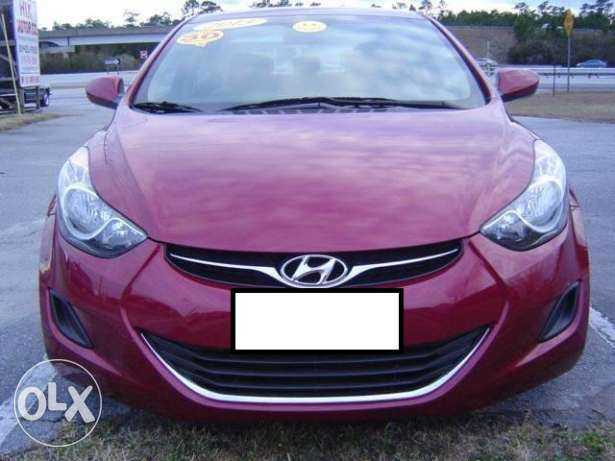 Imported 2013 Hyundai Elantra (PRICE NEGOTIABLE)