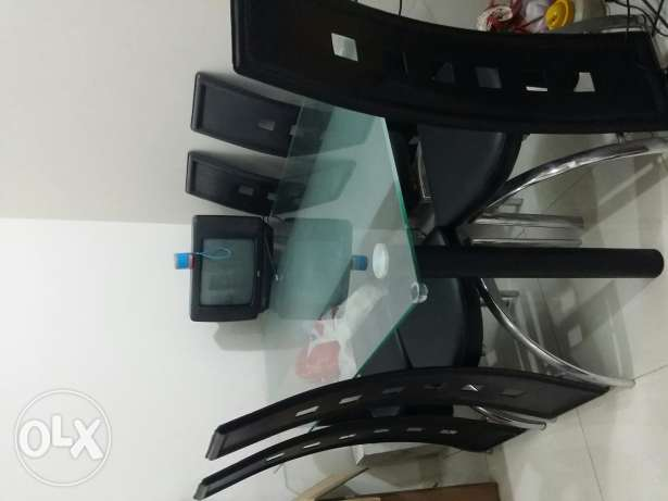Dining table for sale روي -  2