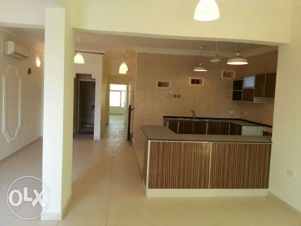 Villa for rent al khoud 6 السيب -  1