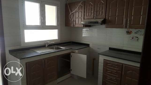 Brand New 2BHK Commercial Flat in Bausher Opposite Dolphin Village مسقط -  2