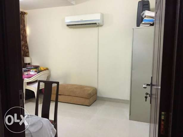 Full furnished spacious room for Indian Lady in Ruwi Darsait مسقط -  1