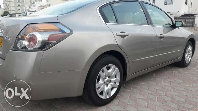 Altima 2012 available instalment monthly 70