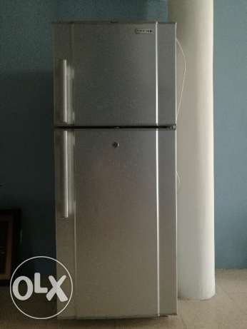 Used fridge for sale 25omr negotiable