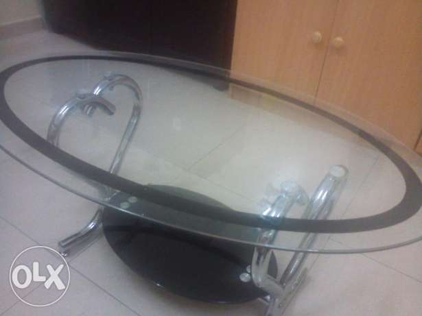 Glass tea table sale !!! صحار -  2