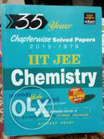 IIT JEE CHEMISTRY { Chapterwise solved papers}