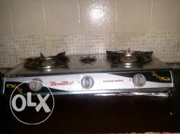 3 burner stove automatic with warrenty