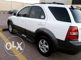 4*4 kia sorento 2008 in excellent condition for only R.O 1800