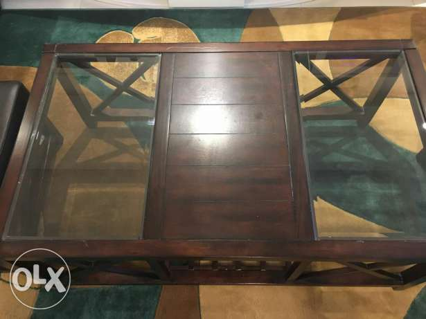 Coffee Table with 2 Stools
