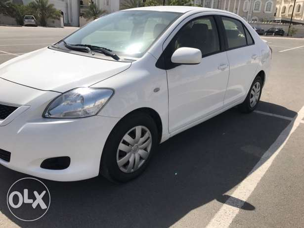 2012 Exlent Yaris for sale..Oman car