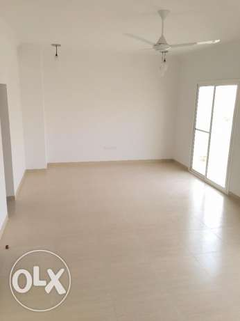 villa for rent in alozaiba inside complex مسقط -  2