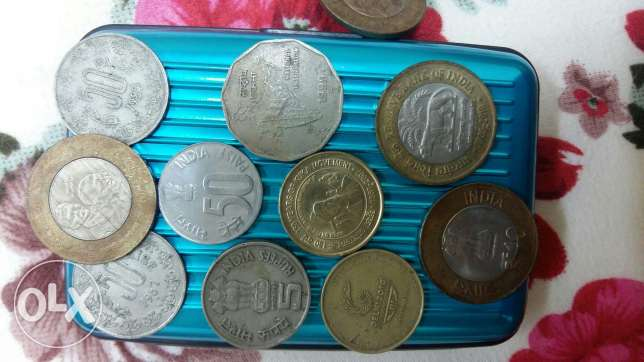 Indian 22 notes and 12 coins مسقط -  2