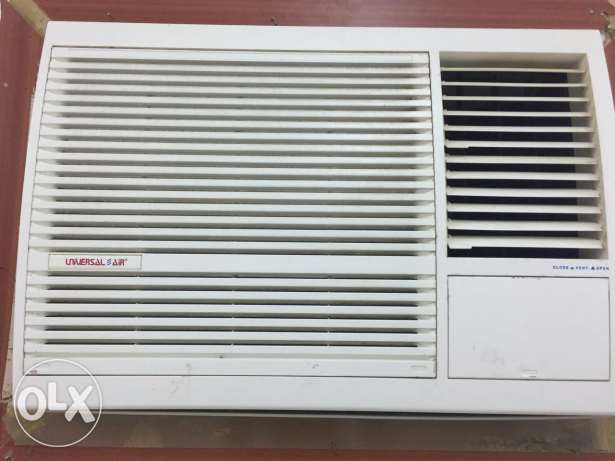 1.5 ton general & 2 Ton universal air brand window Ac in good conditio مسقط -  1