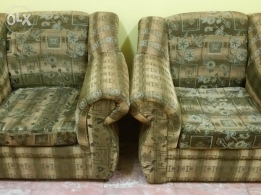 Sofa set 3+2 good condition urgent sale