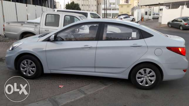 Hyundai accent 1.6 in good condition at wadi kabir مسقط -  5