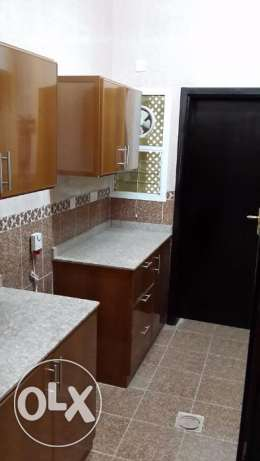 new and nice flat for rent in mazoun street in a book shop building مسقط -  3