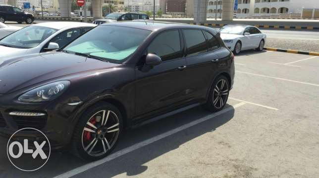 Cayenne for sale best price we change it to 20000 مسقط -  2