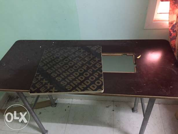 tailoring table for sale 12 omr صحار -  2
