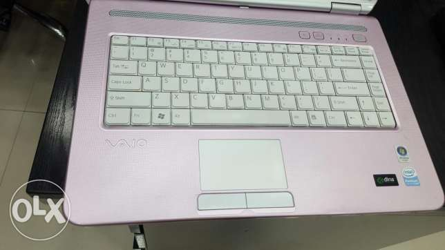 Sony vaio laptop pink color for sale nice condition السيب -  2