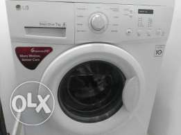 Almost new LG 7 kg washing machine with warranty