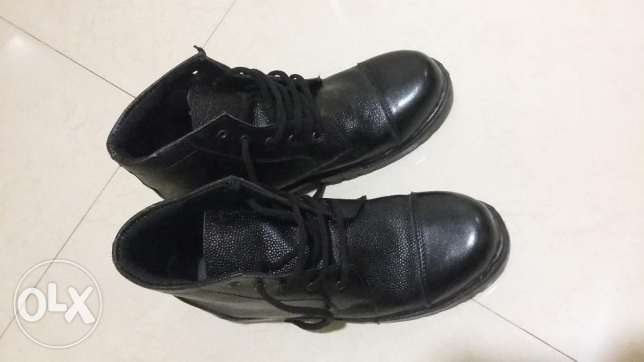 Double moulded military boots مسقط -  1