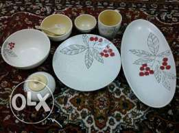 brand new dinner set 43 pieces