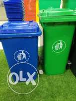 plastic garbage can box