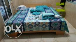 1 double bed with mattress.