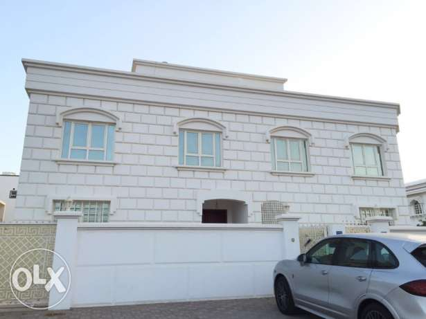 Villa of 5 BHK in Al Hail North with Sea view
