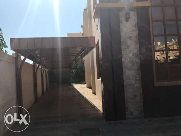 KP 863 Villa 8 BHK in Mawaleh South for Rent مسقط -  3