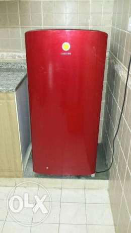 Refrigerator for least price. Can negotiate. Please watsapp. مسقط -  1