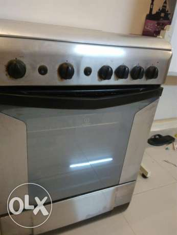 Cooking Range-indesit