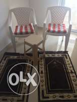 outdoor chairs table and mats