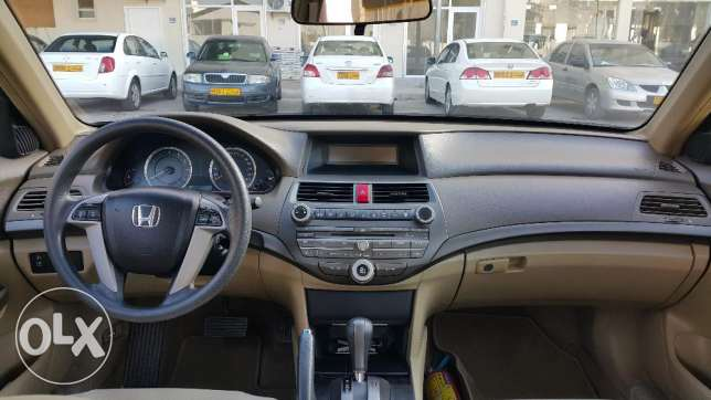 Honda Accord 2010 مسقط -  3