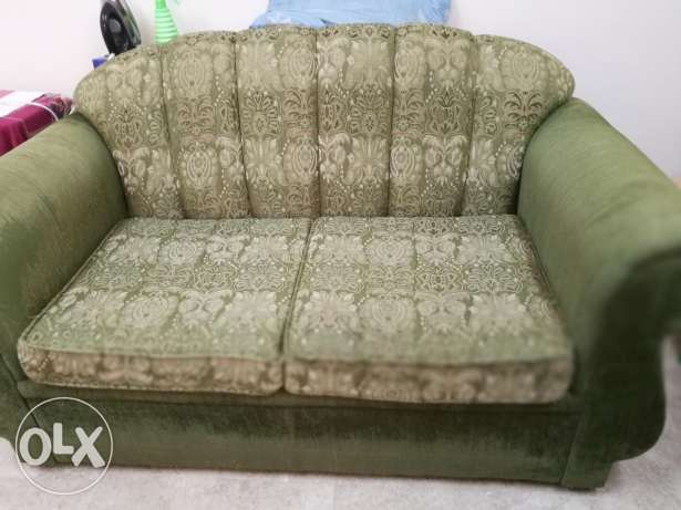 2+1 very comfortable sofa without much damage -Goubra