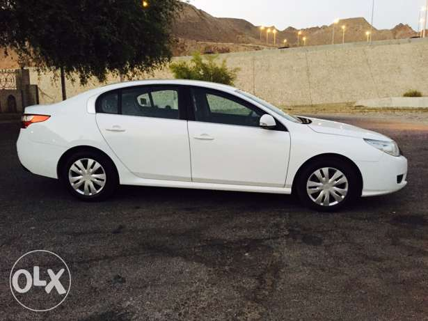 2012 Renault Safrane Expat used in excellent condition service history مسقط -  1