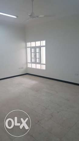 2 Bed Room Apartment Very Close to Oman Convention Exhibition Center بوشر -  7