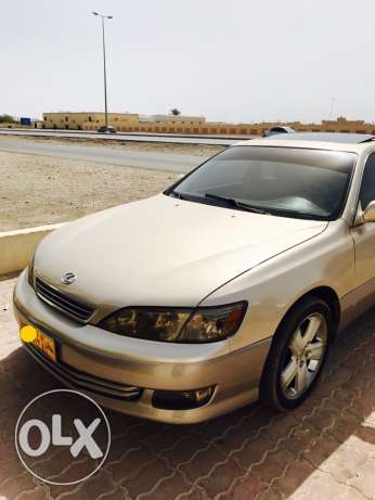 Lexus Es300 V6. 3000cc for sale or exchange with 4 clynder car