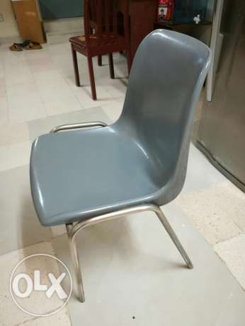 High Quality Fiber Chairs (3 nos) with good condition