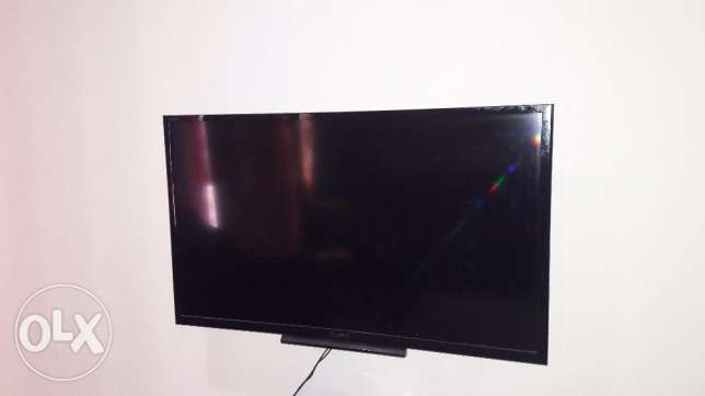 "Sony Bravia LED 32"" Full HD TV with USB/HDMI ports with Remote روي -  1"