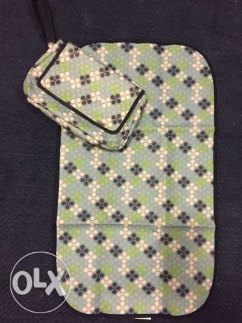 baby changing mat with bag