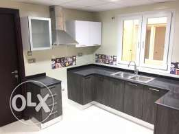 flat for rent in al quorom near to pdo more café building