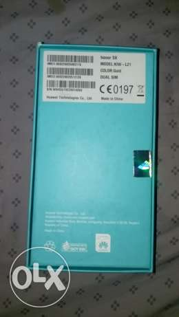 . Huawei honour 5xgold colour good condition