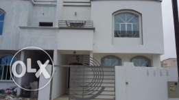 villa for rent in alhail south with big balcony