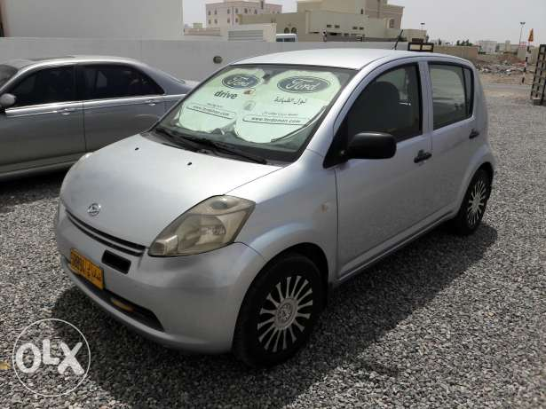 Fully automatic car for sale(1100.OMR negotiable)